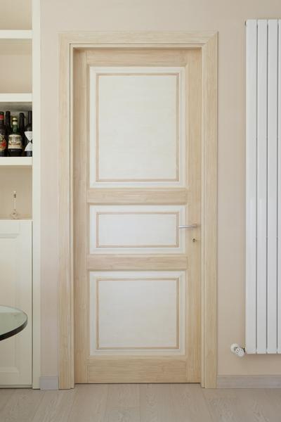 Silvia ridolfi categoria for Porte in legno grezzo